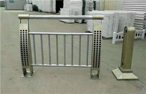 不锈钢立柱天津价格