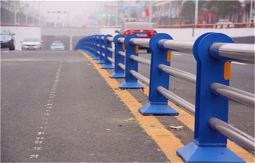 临夏201不锈钢复合管栏杆一米价格