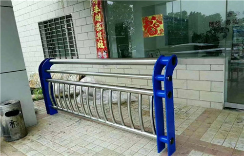 锡林郭勒不锈钢复合管价钱