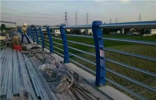莆田碳素钢复合管桥梁护栏原材料充足