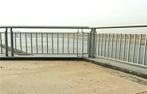 红桥桥梁护栏生产新闻资讯