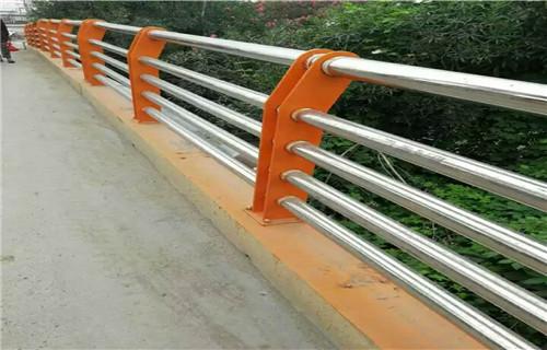 拉萨护栏厂制作201复合管桥梁护栏