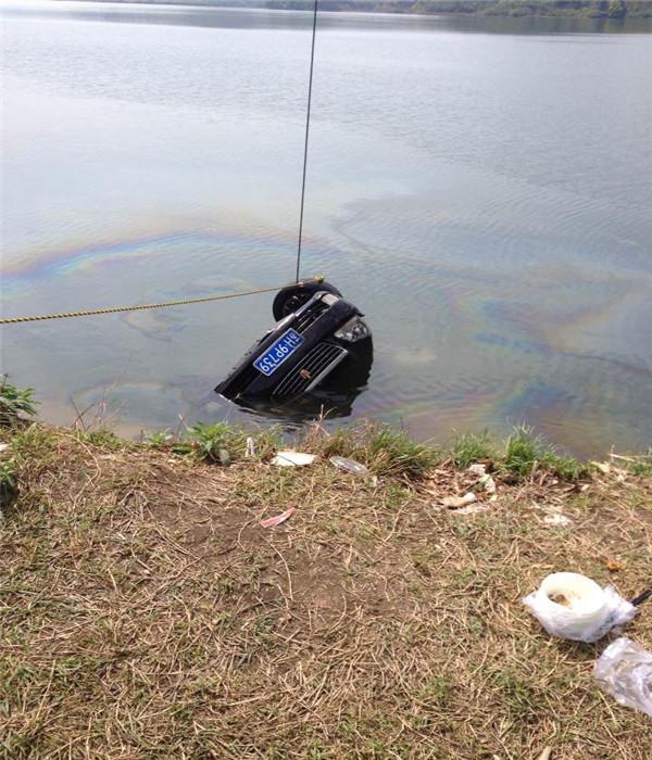 重庆市水下堵漏公司-蛙人堵漏