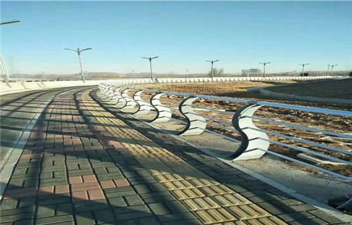 海北304不锈钢复合管护栏桥梁灯光护栏