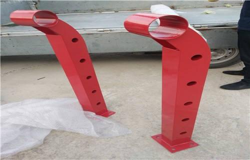 朝阳不锈钢复合管天桥护栏钢板立柱