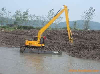 西藏左贡水陆两栖挖掘机租赁厂家