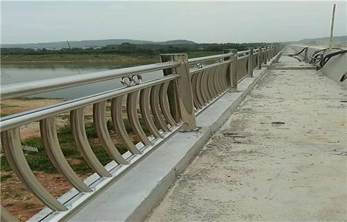 洛阳桥梁扶手不锈钢管质优价廉