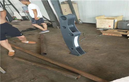 鹤壁114*4不锈钢复合管一支价格