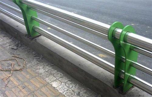 六盘水桥梁不锈钢复合管品质