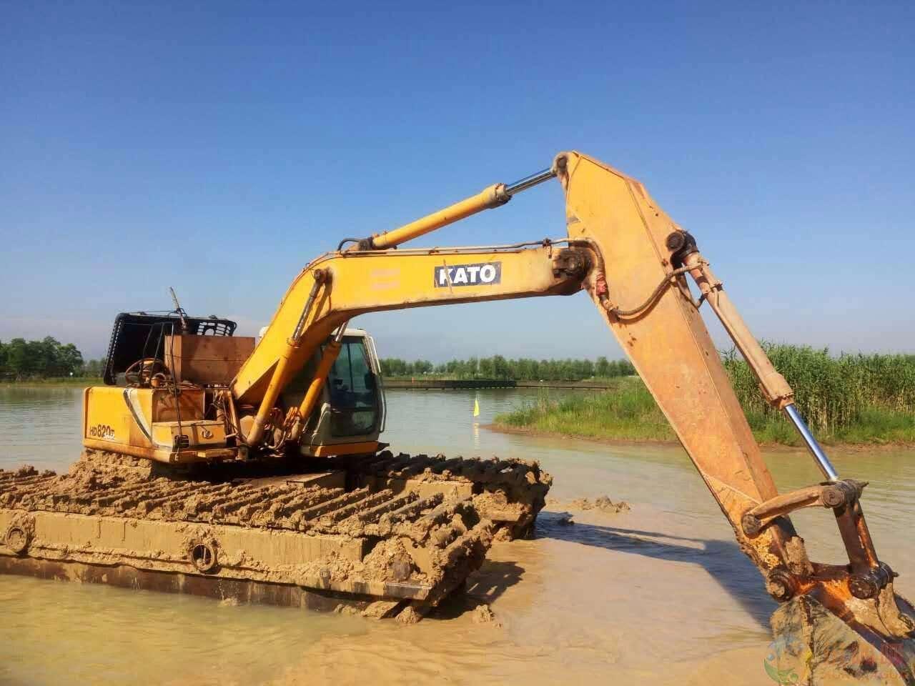 新疆维吾尔自治区水陆两用挖掘机租赁价格