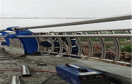 平顶山不锈钢复合钢管专业生产厂家