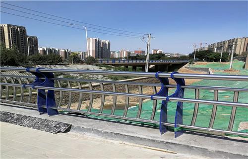 濮阳桥梁防撞护栏厂家专业生产