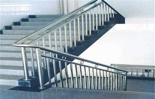 池州不銹鋼復合管護欄廠家施工方案