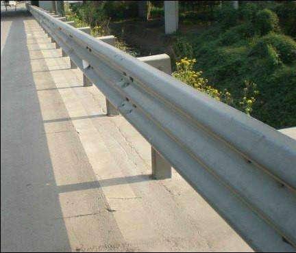 北海景觀橋梁欄桿價格抗壓性強