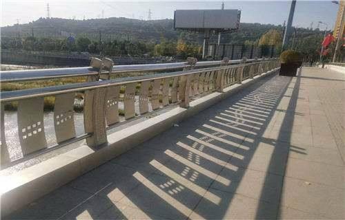 泰安不銹鋼復合管護欄廠施工方案