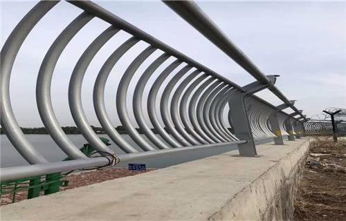 湛江不銹鋼復合管護欄廠施工方案