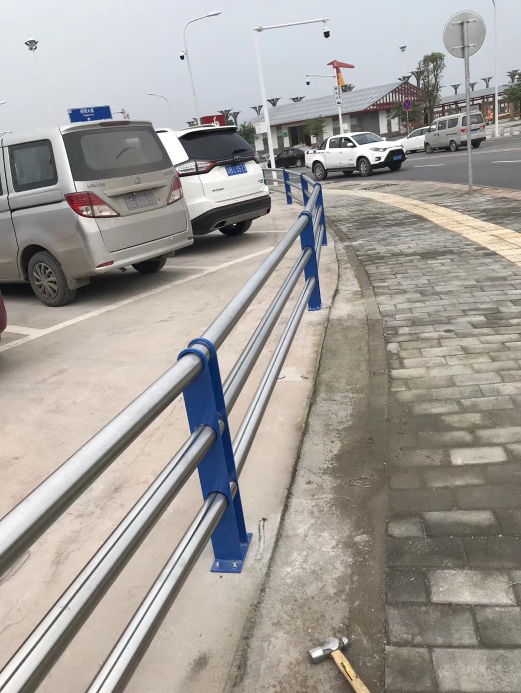 克拉瑪依公路邊護欄品質保證