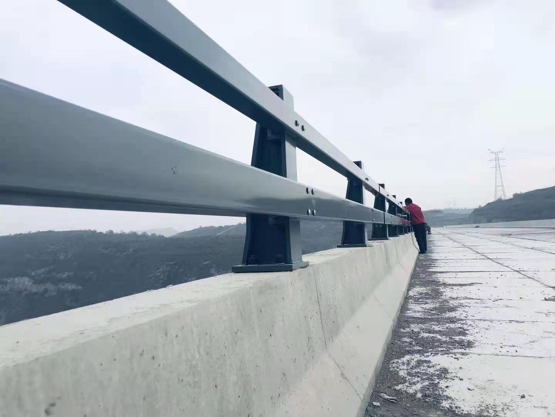 景点防撞栏杆施工