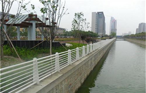 台州灯光护栏施工方案