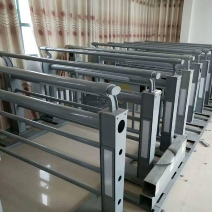 贺州Q355C钢板防撞护栏厂家库存充足