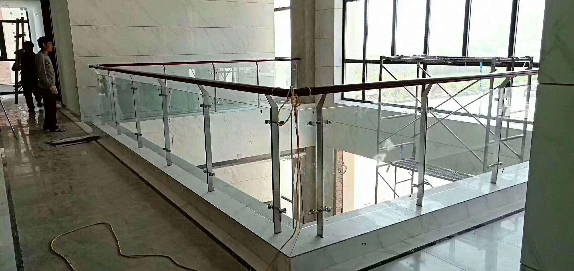 玻璃扶手栏杆定制