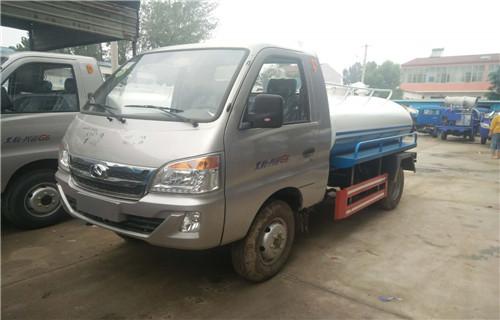 黔东南榕江县东风小型5吨8吨真空吸粪车价低质优