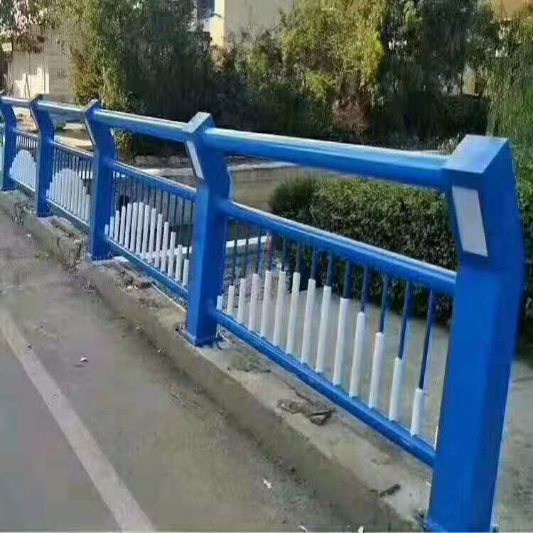 荆门 桥梁隔离raybet注册 美观大方