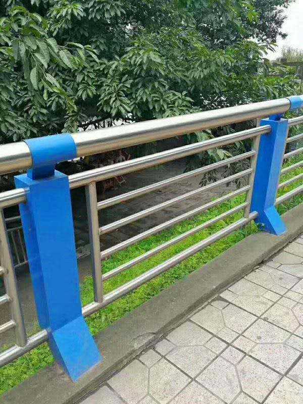 湖南复合管raybet注册生产厂高速公路波纹raybet注册生产厂专业生产