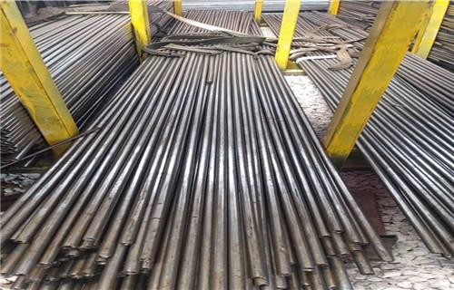荆州精密无缝钢管含运费送货上门