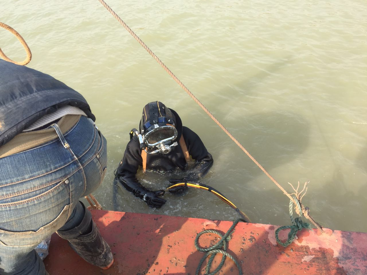 黑龙江省齐齐哈尔市克山县水下管道封堵公司
