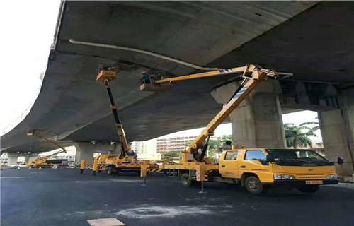 新兴县桥梁维修车租赁价格多少