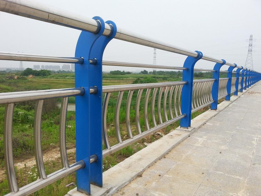 巢湖304橋梁不銹鋼立柱加工