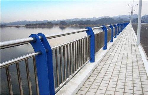 巢湖201不銹鋼復合管橋梁護欄耐濕熱