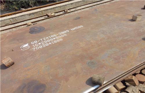 呼伦贝尔耐磨钢板MN13价格
