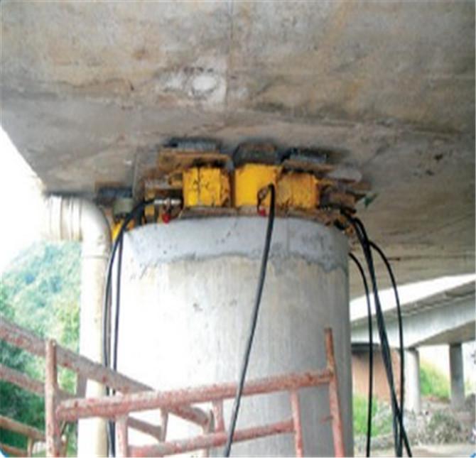 高速公路桥梁支座更换施工